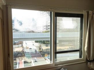 電車と踏切の騒音対策で、内窓プラスト+8㎜ガラスを取付け