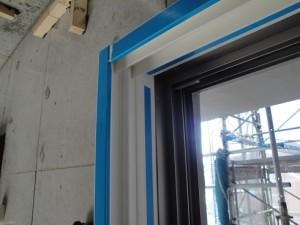 木枠一体型内窓