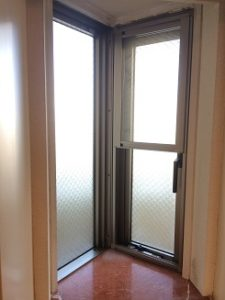 内窓プラスト設置のための網戸交換