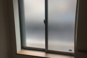 窓の防音に内窓プラスト