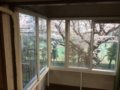 コーナー窓に内窓