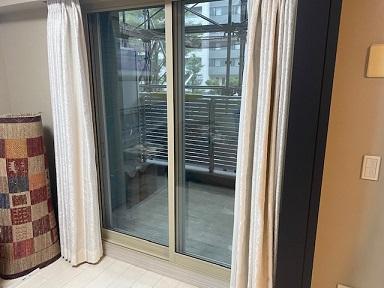 内窓プラストのヒーリンググレー